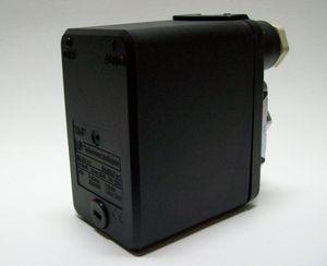 Pressostato é utilizado para controlar os arranques das bombas de água.